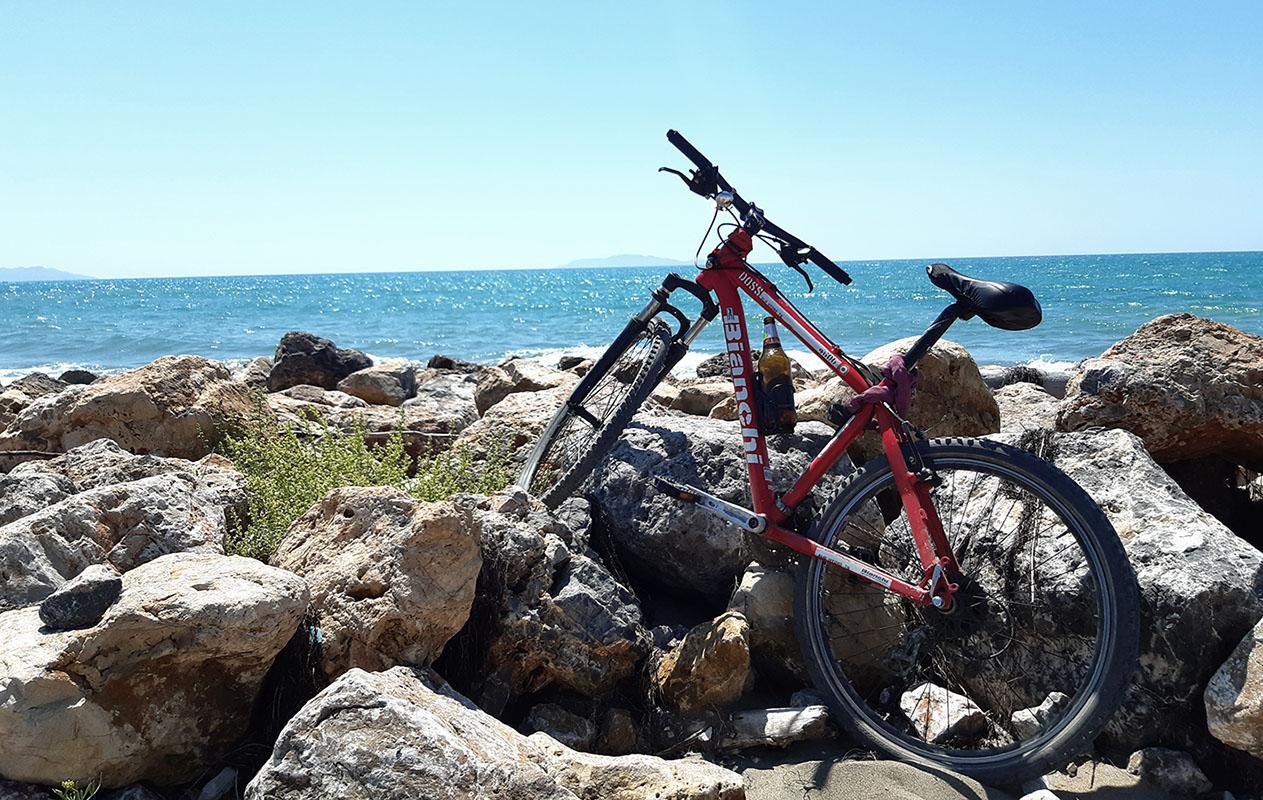 bici mare mobilità sostenibile