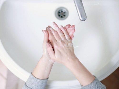 Disinfettante fai da te: lavarsi le mani al tempo del Coronavirus