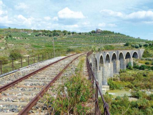 Greenways: da ferrovie abbandonate, a percorsi ciclo pedonali. Regione Lazio